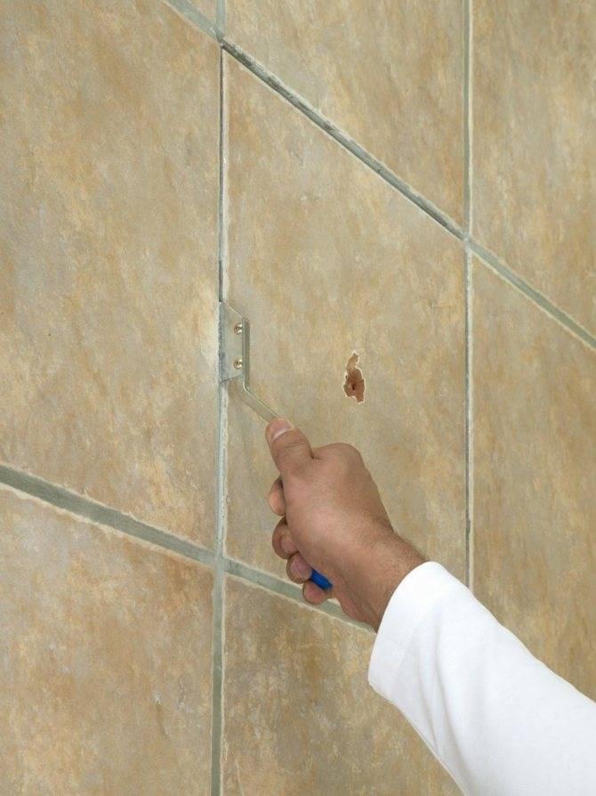 Новая жизнь старого кафеля: как обновить плитку в ванной, не снимая
