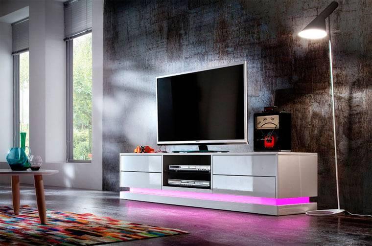 Тумбы под телевизор в современном интерьере