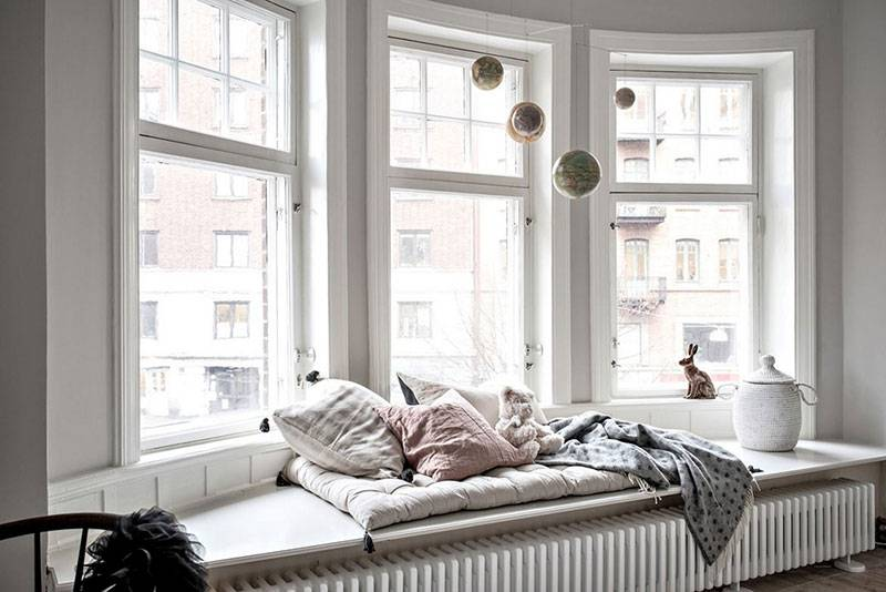 Оформление окна на кухне (45 фото): шторы, необычные решения, современные идеи декора