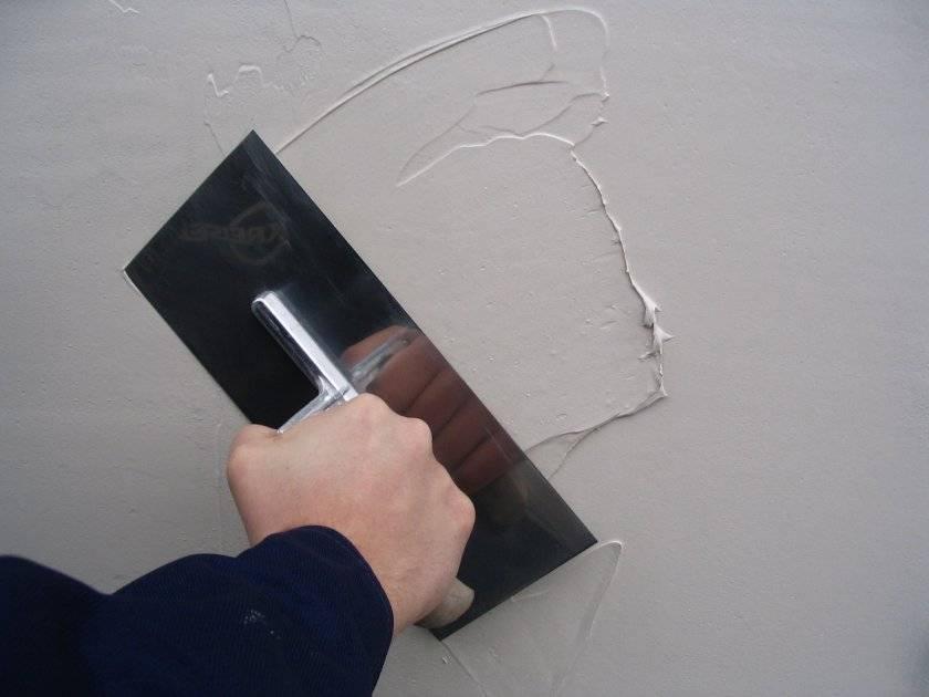 Шпаклевка стен финишной шпаклевкой: выравнивание своими руками, можно ли выравнивать сразу после стартового шпатлевания и как производится затирка после нанесения
