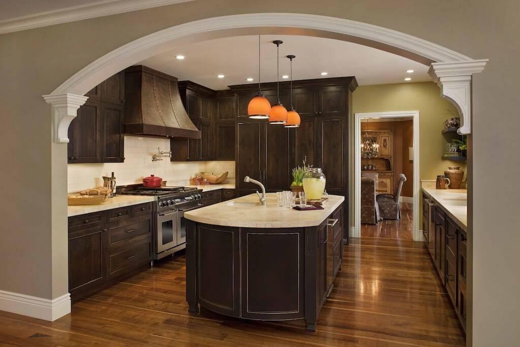 Арки на кухню (44 фото): полуарки из гипсокартона вместо двери между кухней и комнатой, деревянные арки и другие варианты в квартире