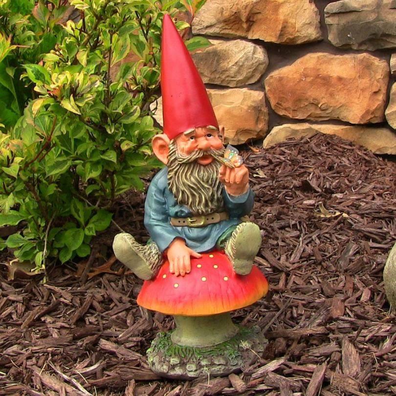 Садовые гномы: украшение сада своими руками, пошаговый мастер-класс с фото, как сделать, какой выбрать материал, где установить + советы