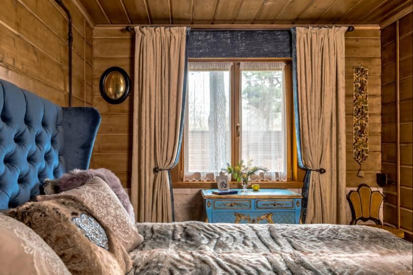 Дизайн деревенского дома внутри своими руками: оформление интерьера дачи, декор зала в деревянном доме