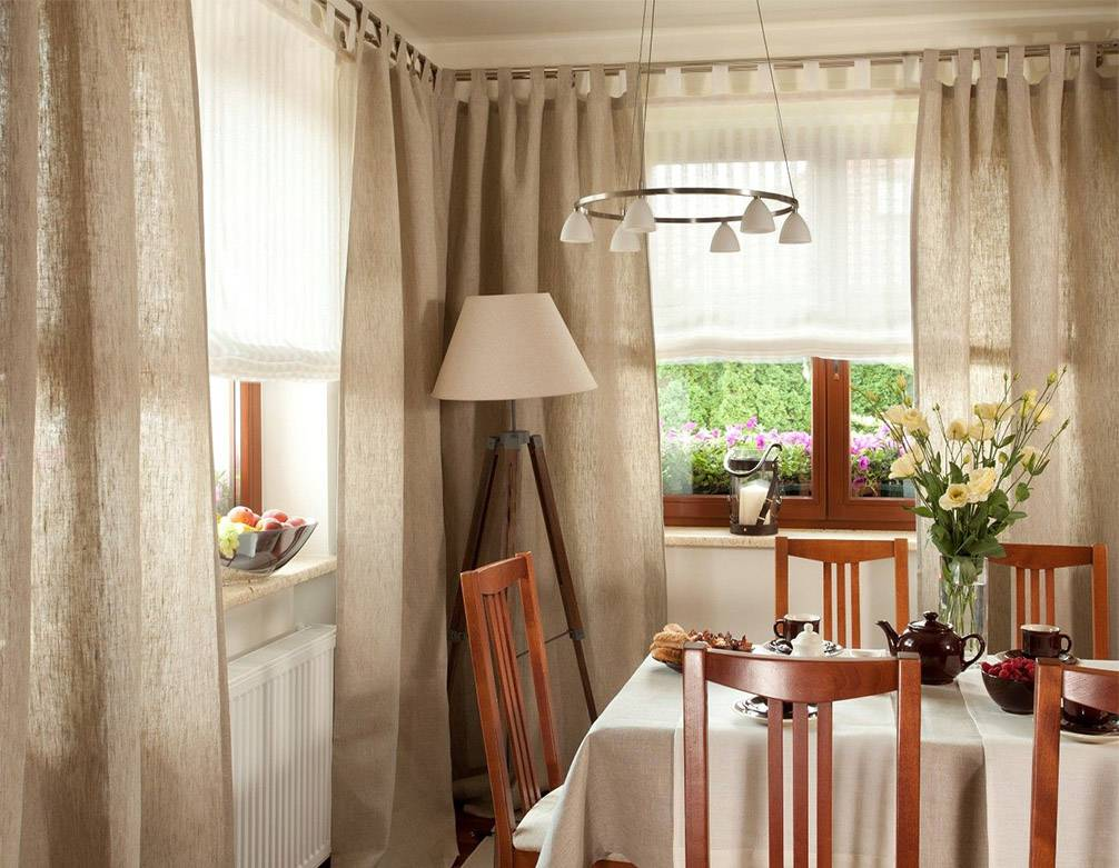 Дизайн красивых занавесок на кухню и оформление окон