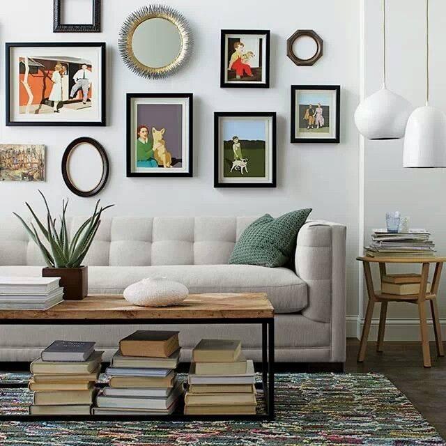 Стена над диваном в гостиной, как оформить и чем украсить? обзор лучших дизайнерских решений с фотографиями