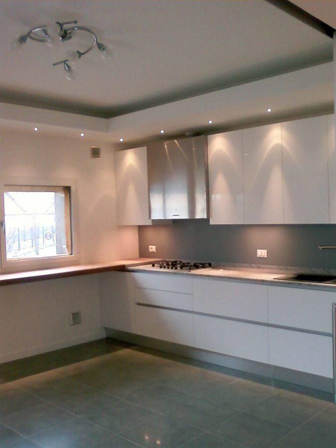 Потолок на кухне - как красиво оформить? (75 фото дизайна)