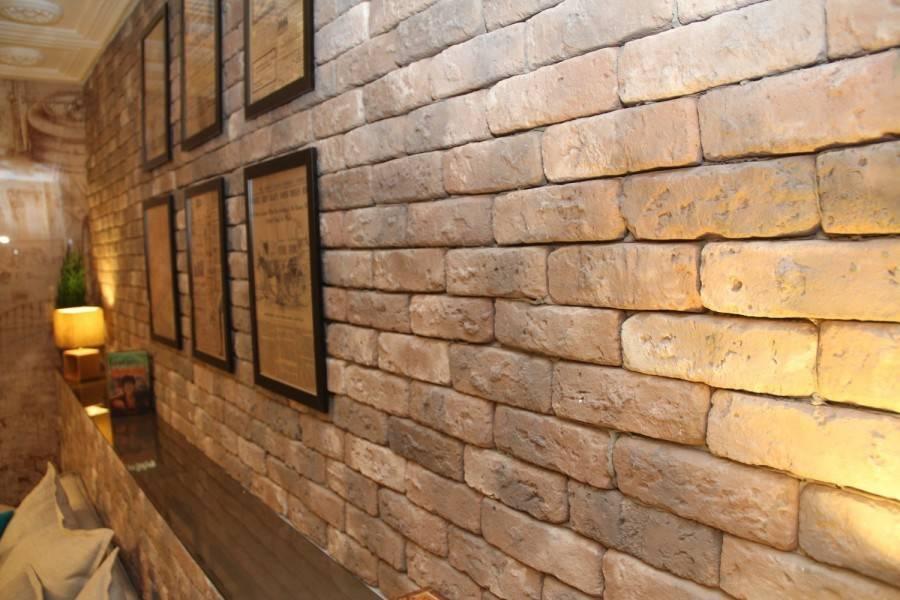 Внутренняя отделка под декоративный камень и кирпич (панели, плитка). секреты «сильного» интерьера + 215 фото -