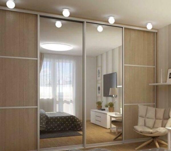 Шкаф-купе внутри в спальню с размерами (58 фото): внутреннее наполнение и дизайн угловой модели
