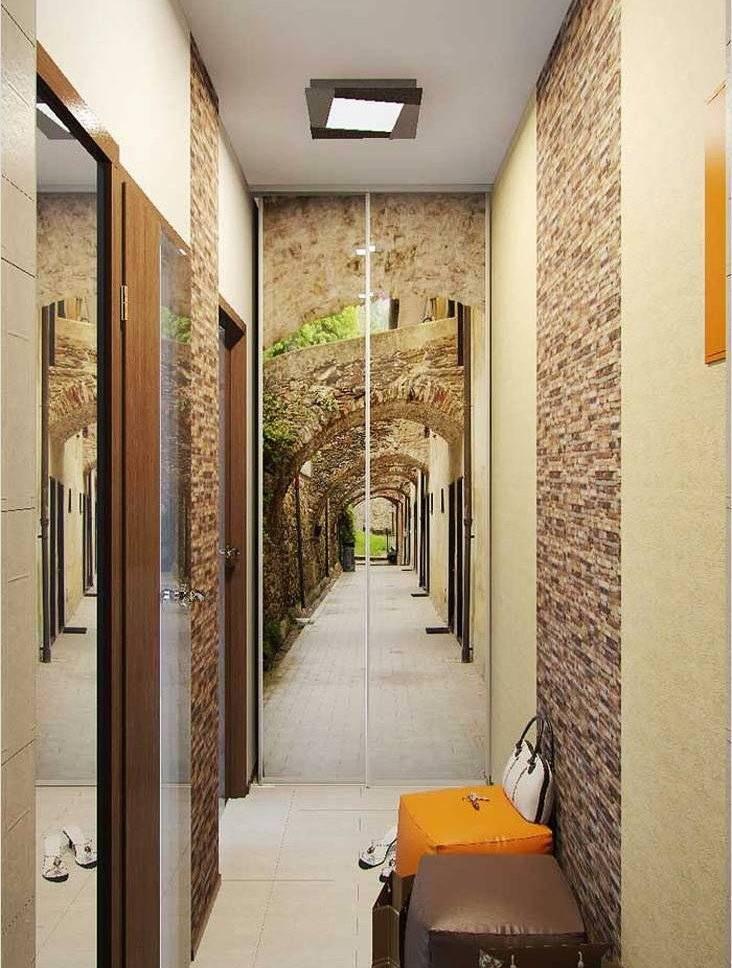 Интересные варианты дизайна узкого коридора