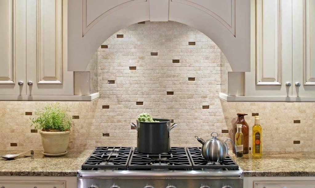 Укладка фартука из плитки на кухне: подробная технология своими руками