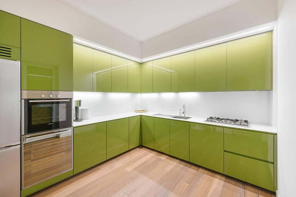Отделка стен кухни пластиковыми панелями - виды, плюсы и минусы