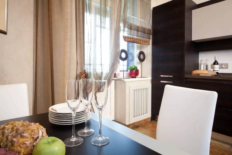 Занавески на кухню (65 фото): идеи дизайна современных и красивых штор для оформления кухонного окна