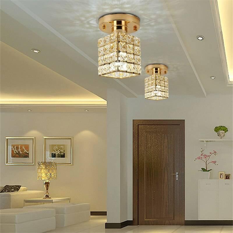 Натяжной потолок с точечными светильниками — 50 лучших фото примеров в прихожей