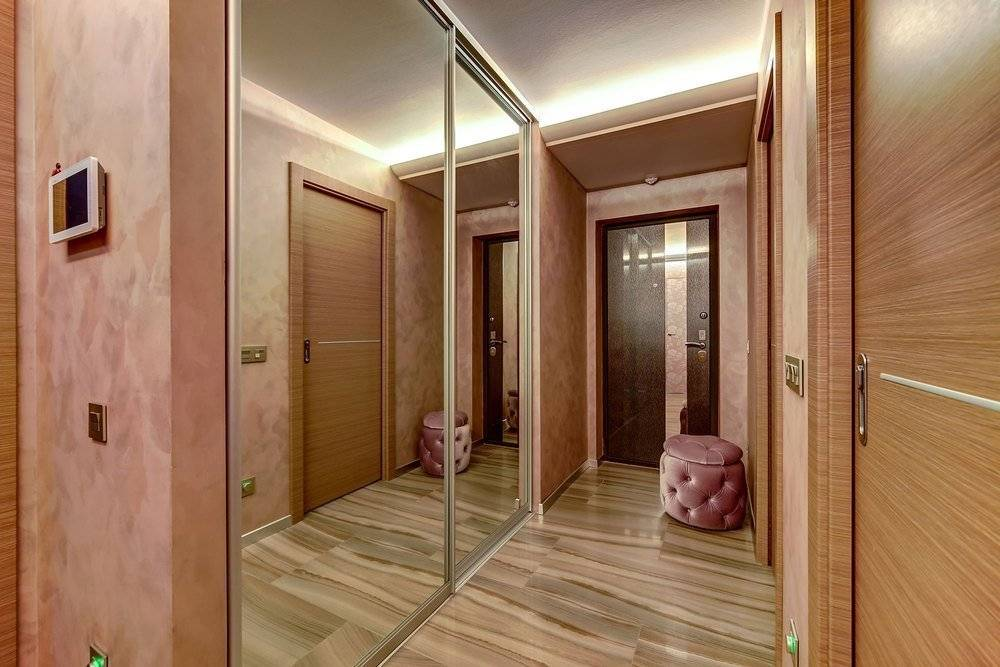 Дизайн прихожей двухкомнатной квартиры панельного дома