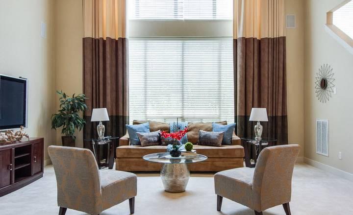 Бордовые шторы в интерьере: 50 фото с вариантами дизайна