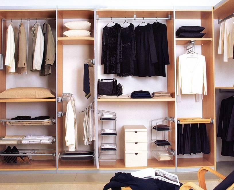 Наполнение шкафа-купе: организация внутри