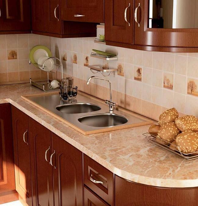 Чем заменить фартук на кухне: без кафеля, вместо плитки, бюджетный вариант, идеи интерьера с фото