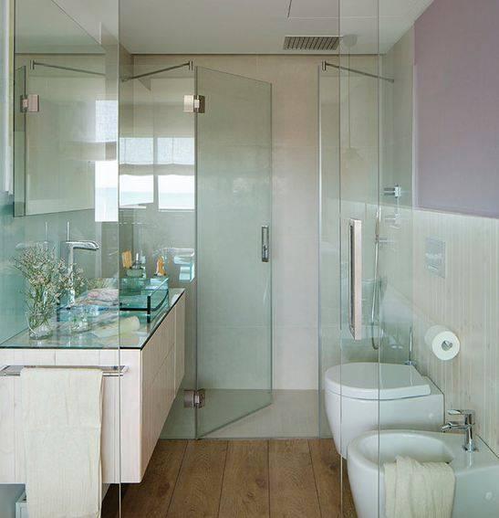 Преимущества и недостатки душевой в ванной без кабины