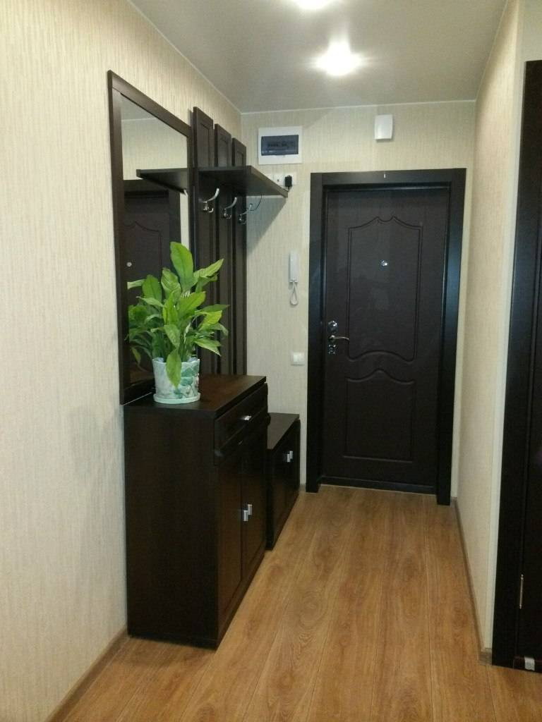 Дизайн коридора в квартире 467 серии. отделка потолка