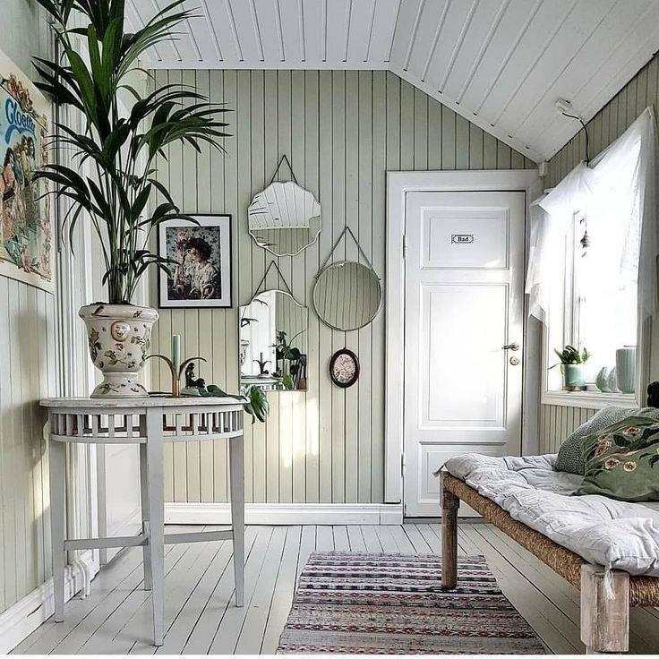 Покраска вагонки внутри дома в разные цвета - примеры интерьеров (87 фото): чем лучше покрасить на даче, белая краска для внутренних работ, идеи декора