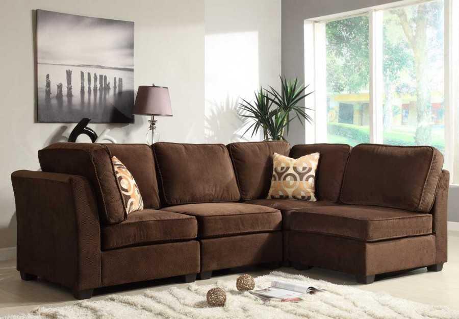 Черный диван в гостиной: экстремальный вариант? (40 идей дизайна)