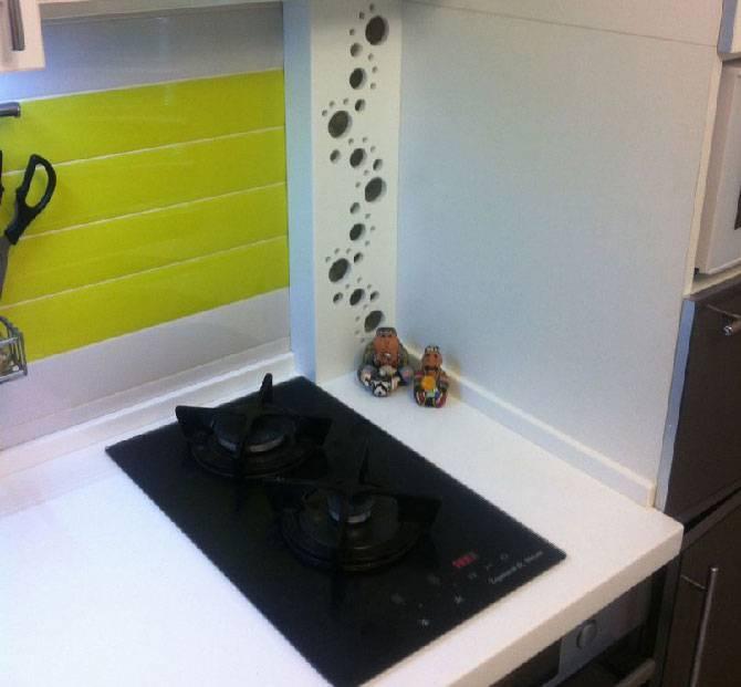 Как спрятать газовую трубу на кухне: способы декорирования