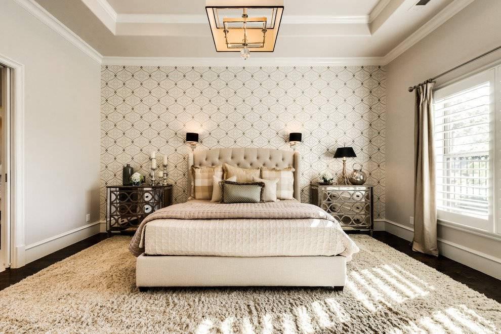Комбинирование обоев в спальне: реальные примеры сочетания двух цветов, модные тенденции, фото лучших идей и новинок