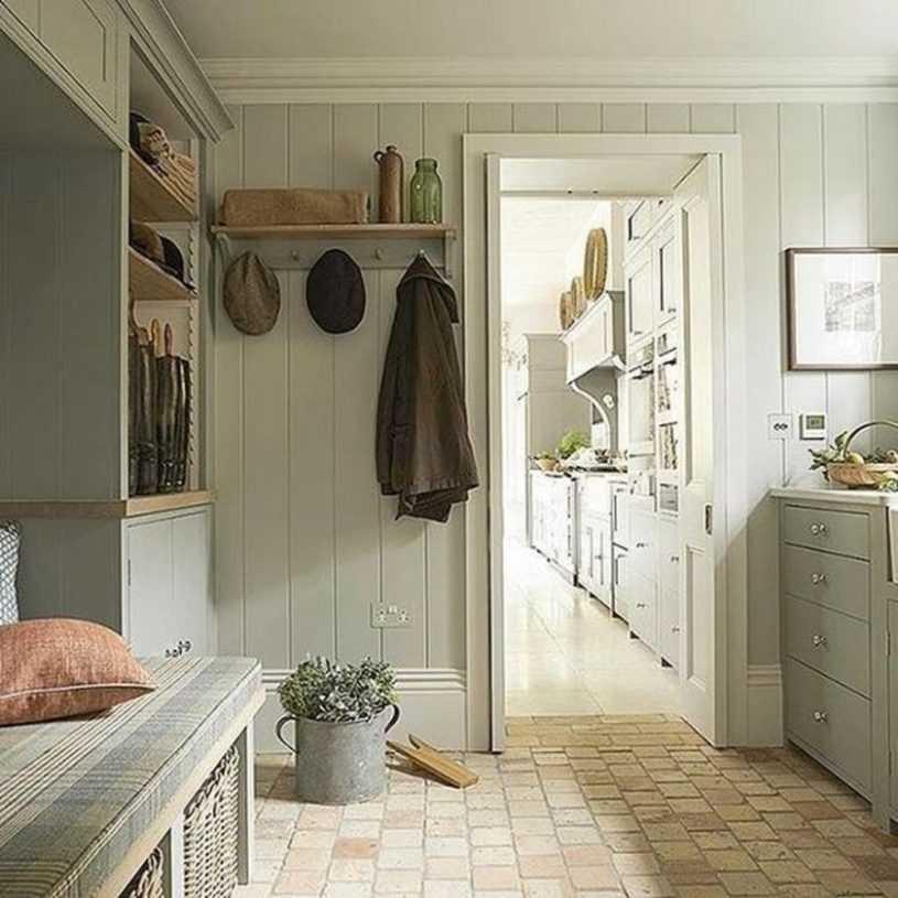 Прихожая в стиле прованс, интерьер маленького узкого коридора, дизайн - 22 фото