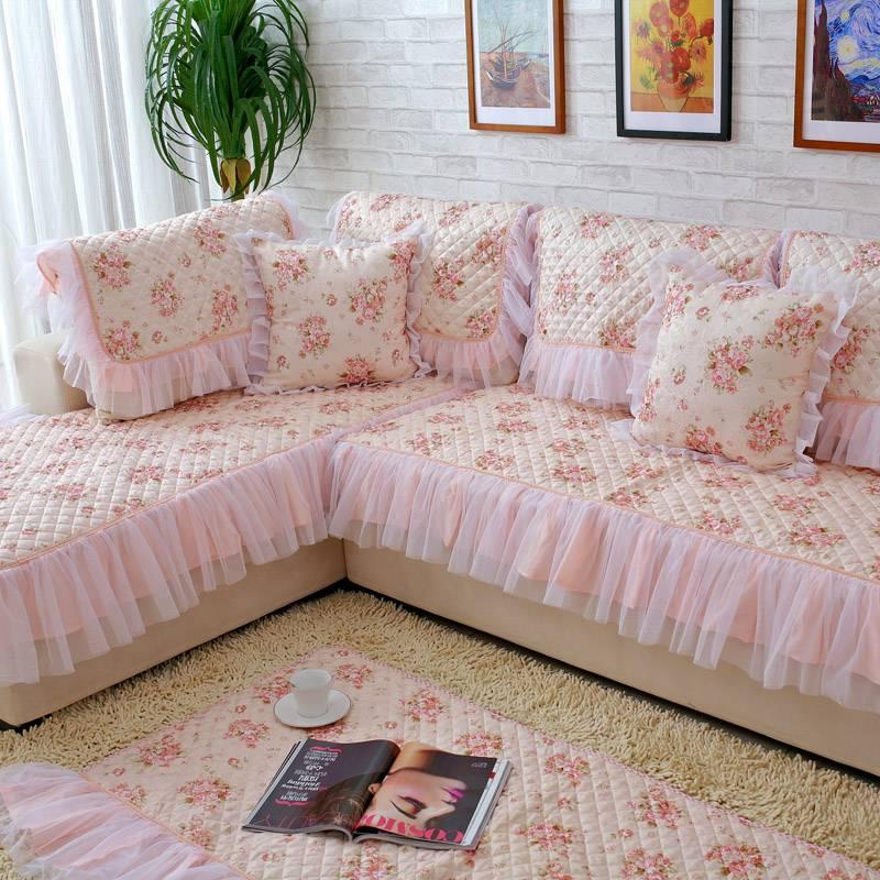 Из какой ткани сшить накидку на диван?