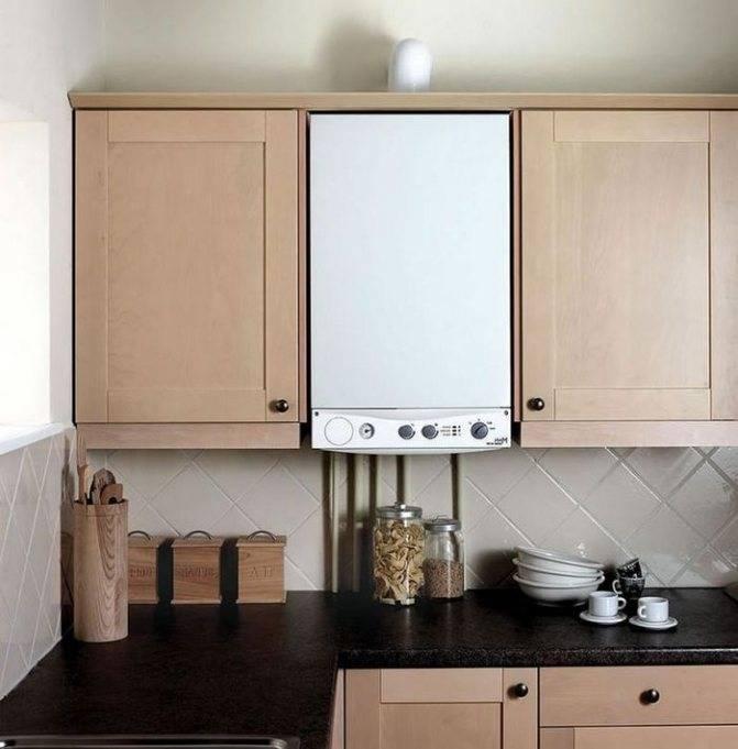 Как спрятать газовый котел на кухне: 25 реальных фото интерьеров