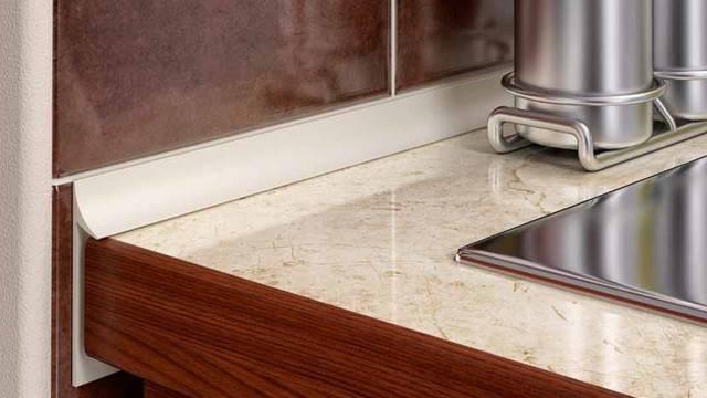 Кухонный плинтус: особенности, материал, как выбрать, рекомендации, фото