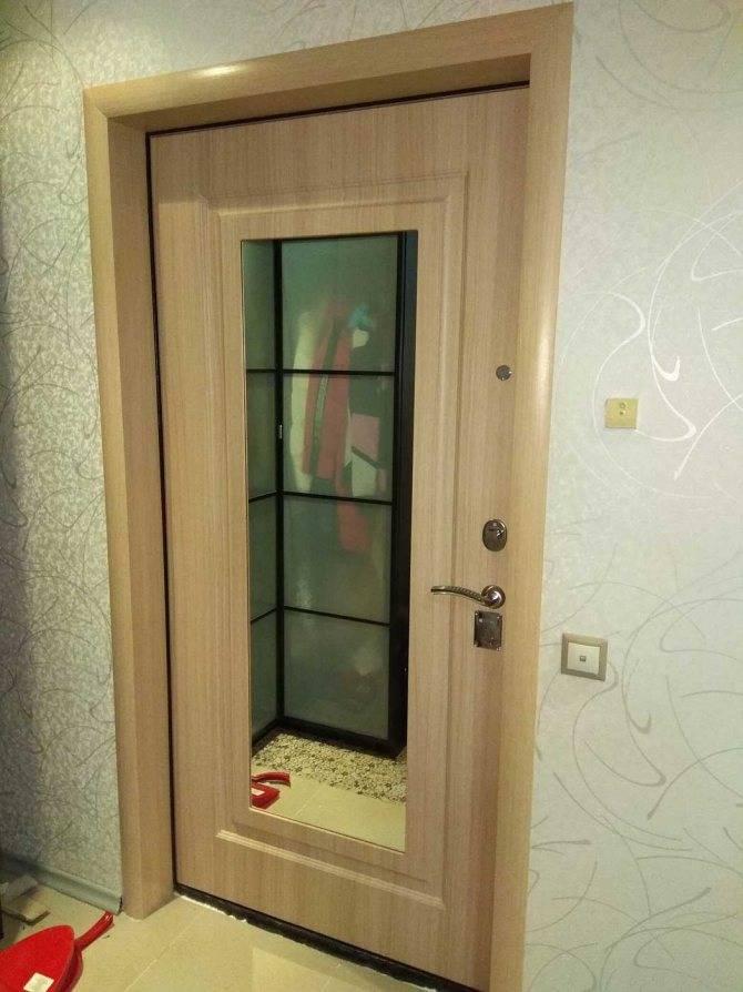 Двери в интерьере — 80 фото примеров применения в дизайне квартиры или дома