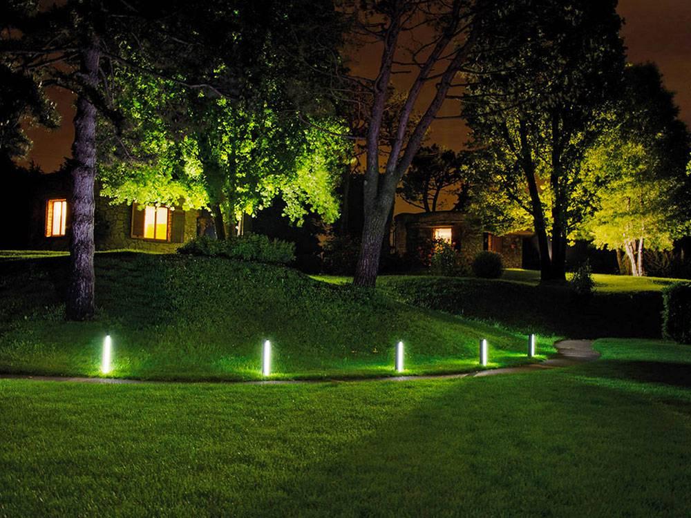 Освещение участка: светодизайн, варианты эффективного освещения и лучшие светильники для садового или приусадебного участка (100 фото + видео)