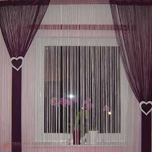 Нитяные, веревочные шторы в интерьере: варианты оформления кисеи на кухне, в спальне и гостиной, тюль из бусин   - 46 фото