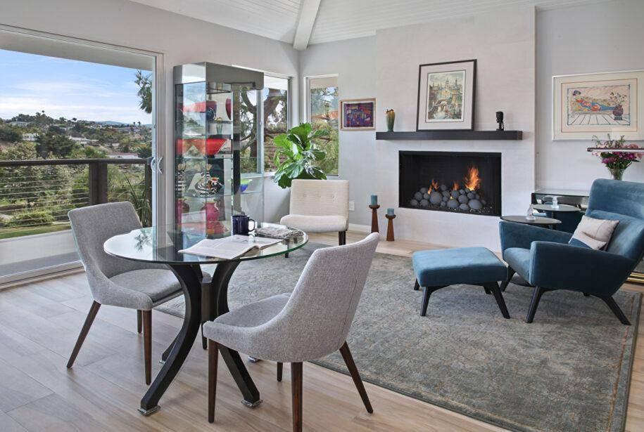 Стулья в интерьере - особенности подбора для стильного интерьера современной гостиной или кухни