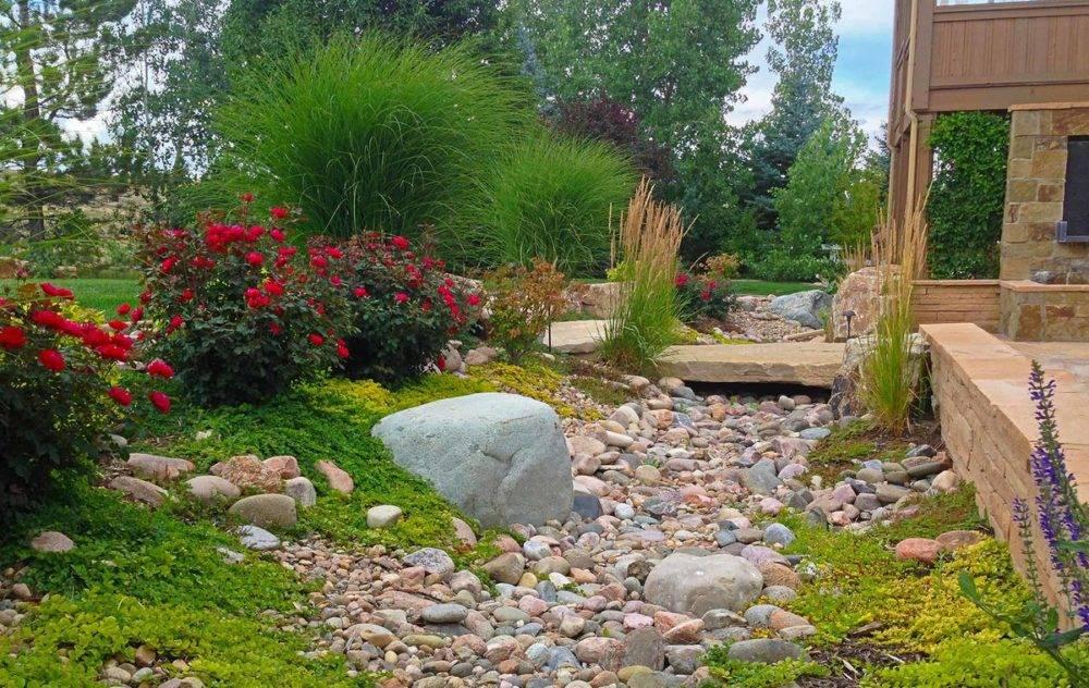 Сухой ручей в ландшафтном дизайне сада и пошаговая инструкция как сделать своими руками + фото поэтапно