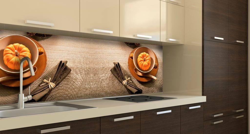 Декоративные панели для стен кухни — все еще актуальный способ шикарного декорирования кухонь. смотрите лучшие примеры интерьеров на фото!