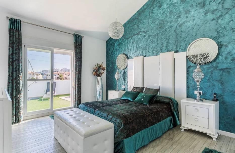 Бирюзовая гостиная — 130 модных идей в сочетании цвета и стиля + фото лучших вариантов дизайна