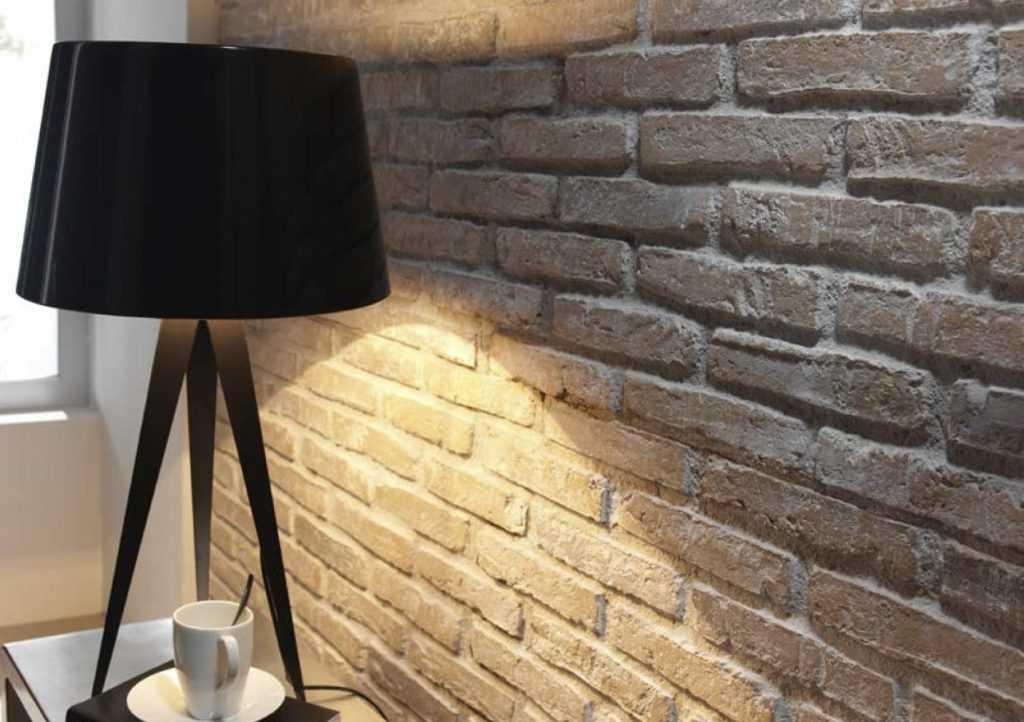 Белый декоративный кирпич и его имитации в интерьере квартиры (с фото)