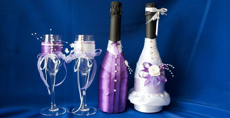 Оформление свадебных бутылок: простые мастер-классы по декорированию шампанского и бокалов своими руками лентами, тканью, декупажем, полимерной глиной