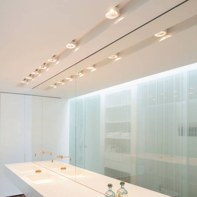 Освещение в ванной: советы и рекомендации по оформлению (70 фото)