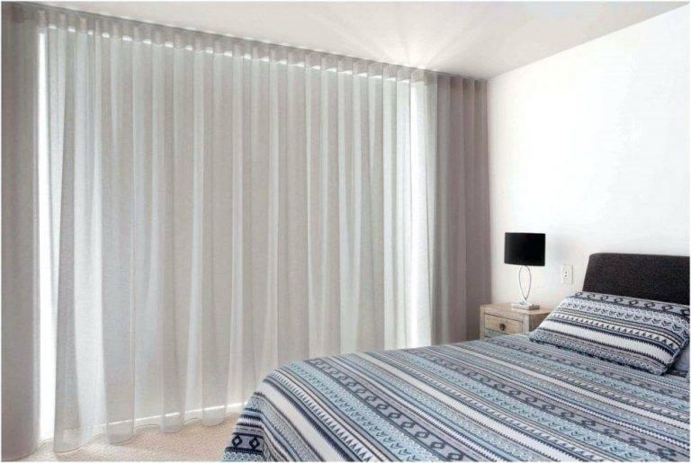 Тюль в спальню — реальные примеры красивого дизайна в современном стиле, советы по выбору и оформлению (200 фото)