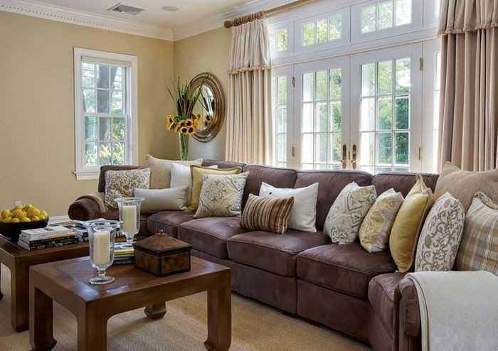 Зеленый диван  в интерьере - 50 фото