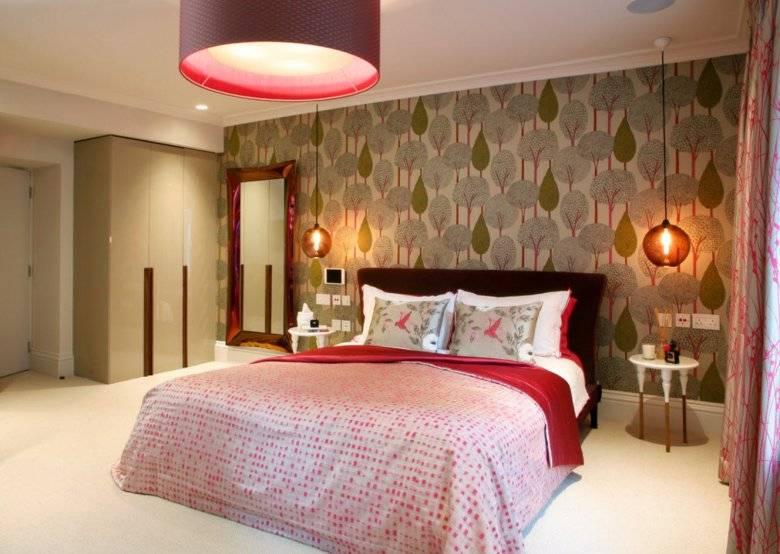 Эффектный и уютный интерьер без проблем: узнайте, как подобрать обои двух цветов в спальню