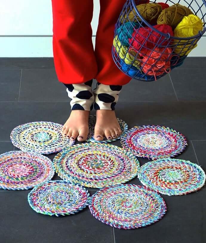 Коврики своими руками - схемы и инструкции как пошить красивые коврики из подручных материалов