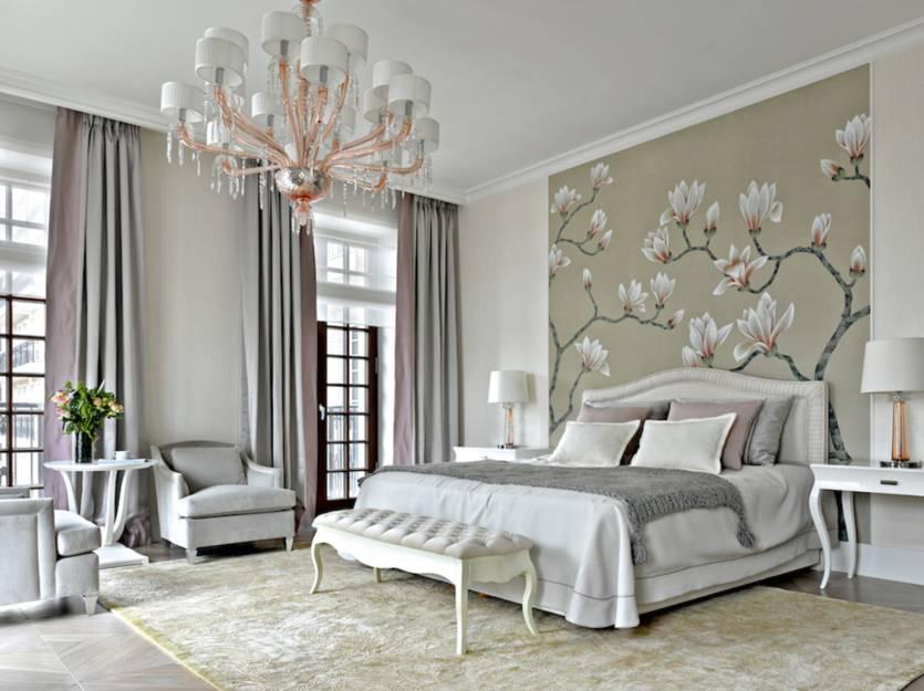 Дизайн гостиной с двумя окнами: оформление интерьера в зависимости от планировки помещения