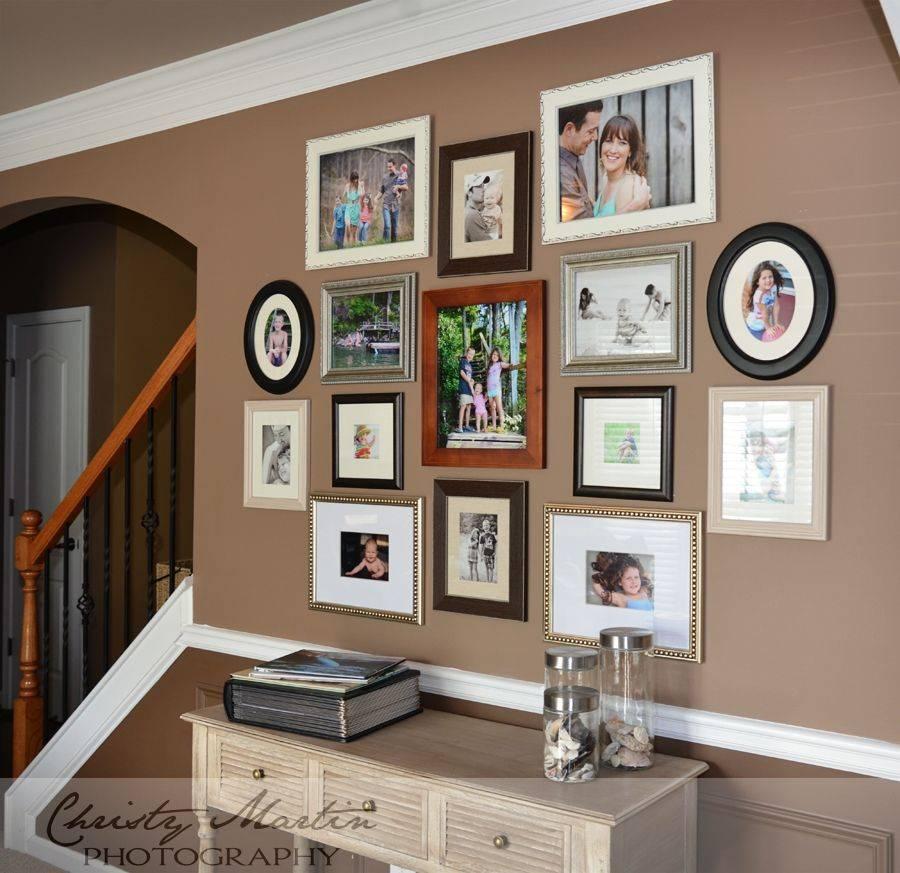 Простые идеи, как украсить стену: рамки для фотографий как дополнительный элемент современного дизайна