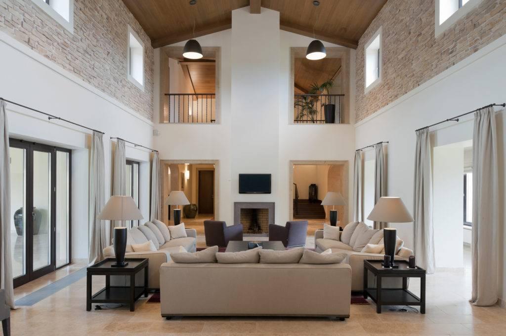 Балки на потолке (20 фото): красивая деталь в дизайне интерьера