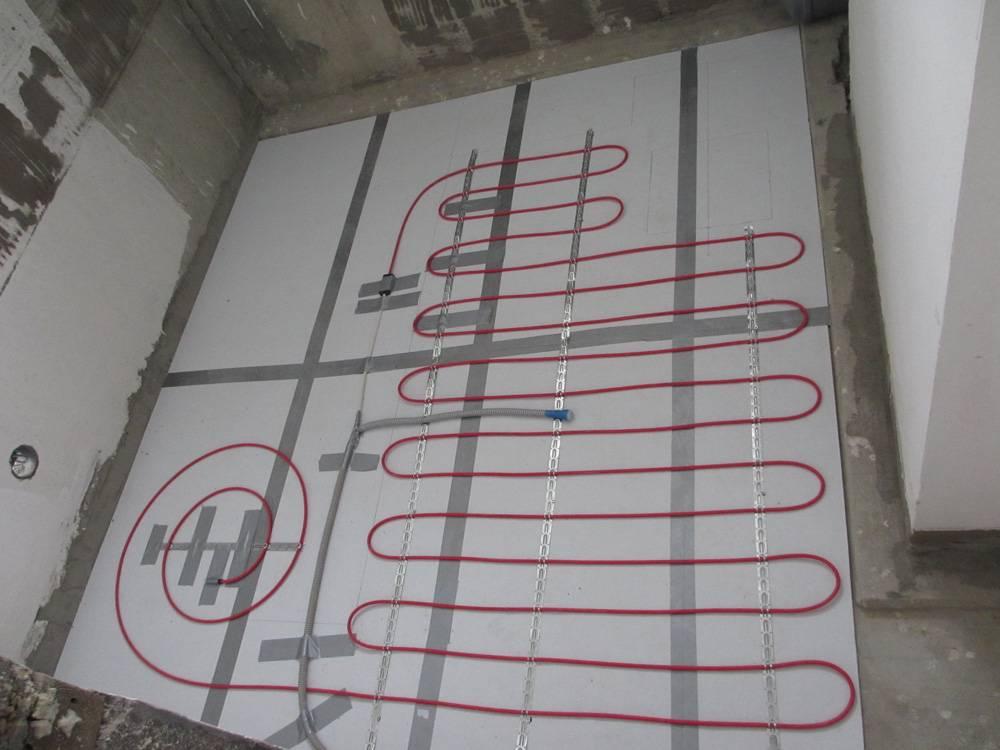 Теплый пол под плитку: кабель или инфракрасный, какой лучше?