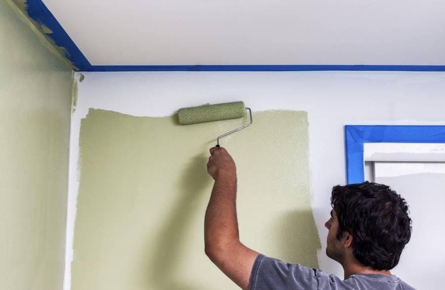 Выбираем лучшую краску для потолка на кухне — как покрасить своими руками